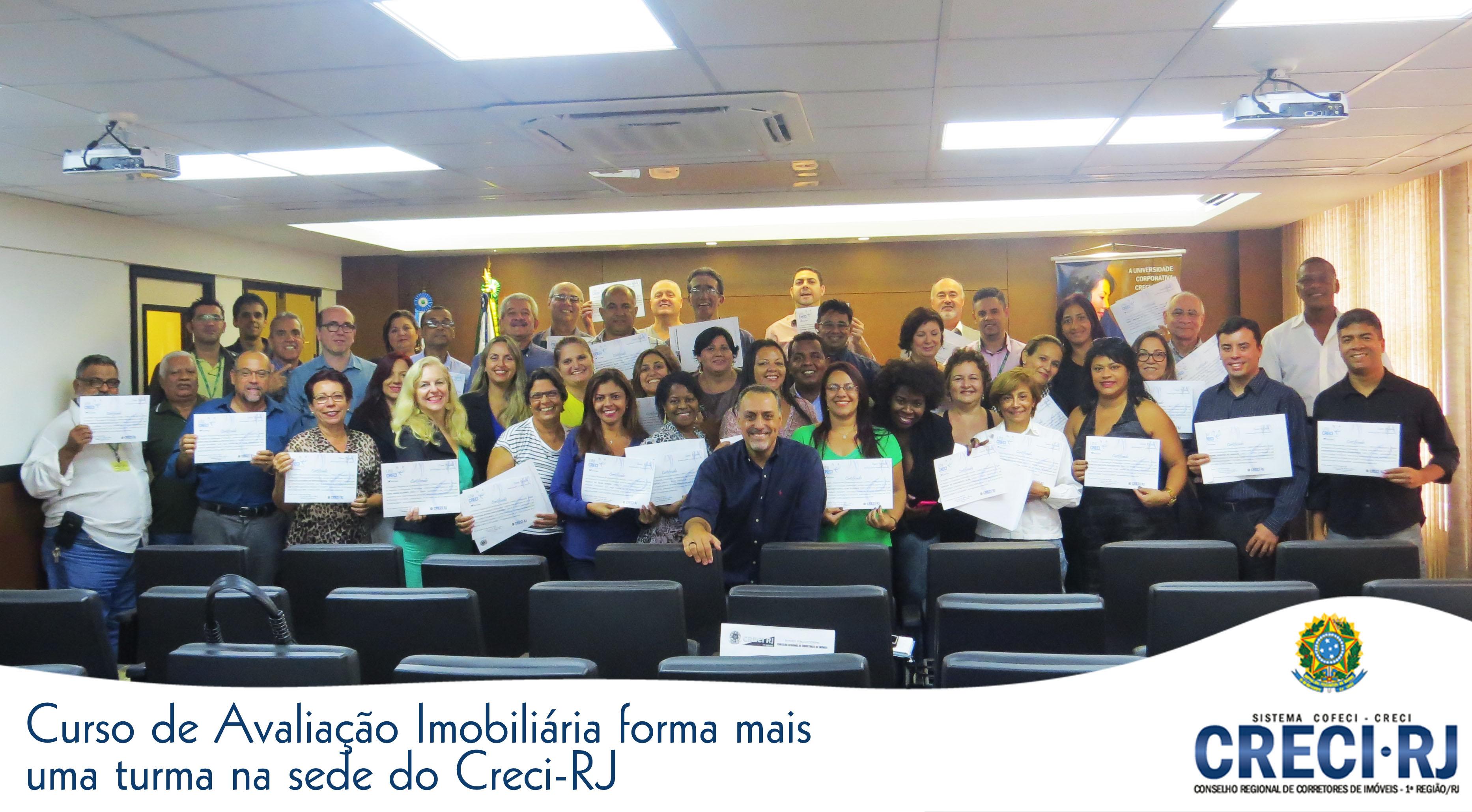 Curso de avaliação imobiliária forma mais uma turma na sede do Creci-RJ
